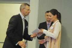 Mikołaj Dla Managera  2016 - Bartosz Zamirowski wręcza nagrodę
